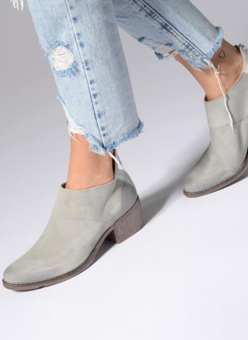 Bottines et boots Khrio Monica Gris vue bas / vue portée sac
