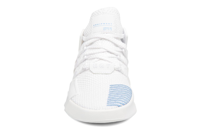 Baskets Adidas Originals Eqt Bask Adv W Blanc vue portées chaussures