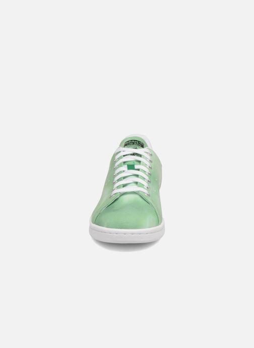 Sneakers adidas originals Pharrell Williams Hu Holi Stan Smith Verde modello indossato