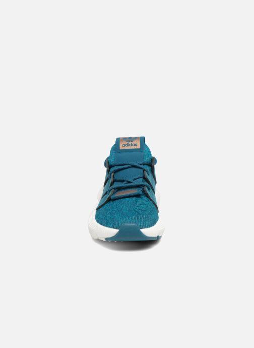 Baskets adidas originals Prophere W Bleu vue portées chaussures