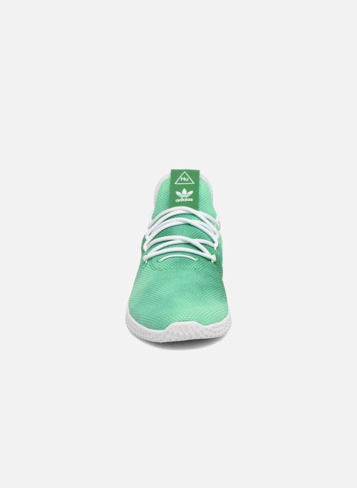 5ef4d609923fe Baskets adidas originals Pharrell Williams Hu Holi Tennis Hu Vert vue  portées chaussures