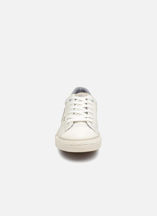 Baskets Mustang shoes Miro Blanc vue portées chaussures