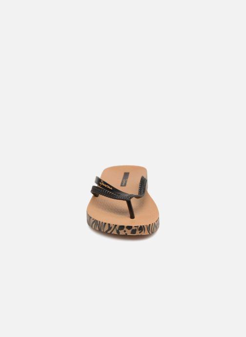 Tongs Ipanema Bossa Soft II Beige vue portées chaussures