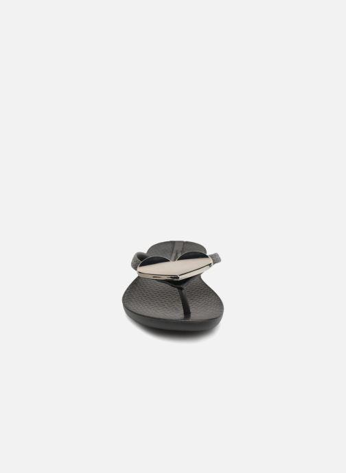 Zehensandalen Ipanema Maxi Fashion II schwarz schuhe getragen