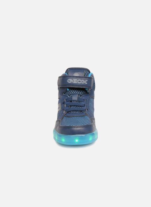 Baskets Geox J Kommodor B.C J825Pc Bleu vue portées chaussures