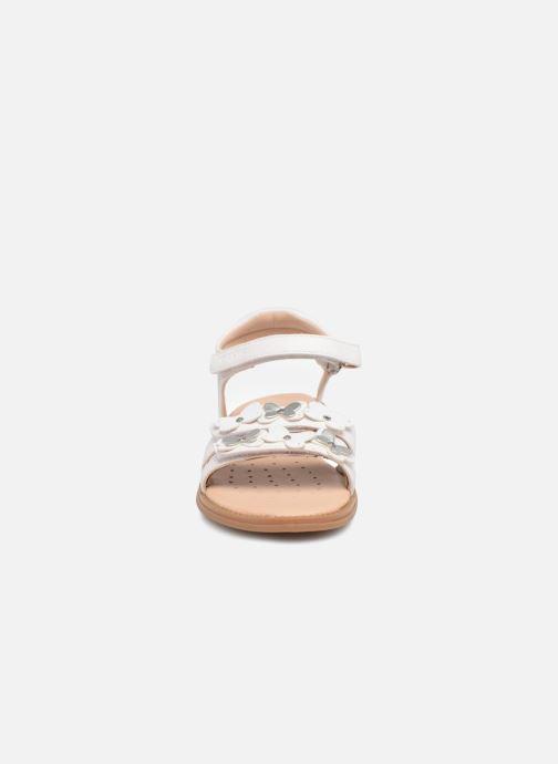Sandales et nu-pieds Geox J S.Karly G. I J8235I Blanc vue portées chaussures