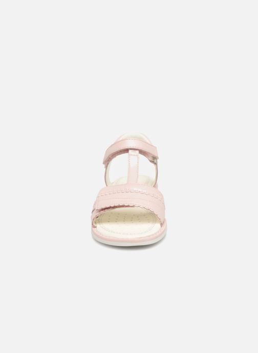 Sandales et nu-pieds Geox J S.Giglio A J82E2A Rose vue portées chaussures