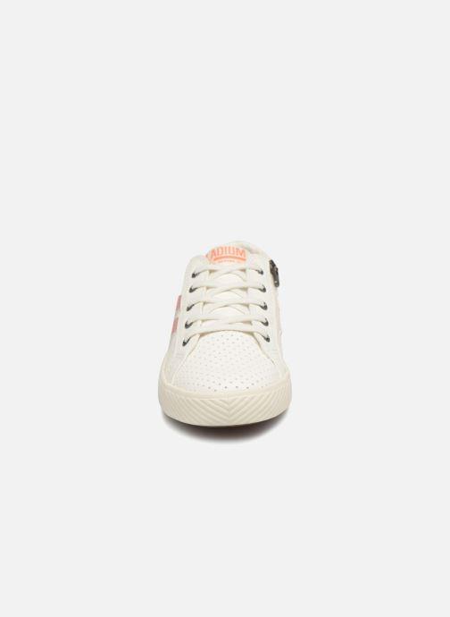 Baskets Palladium Plflame Low S K Blanc vue portées chaussures