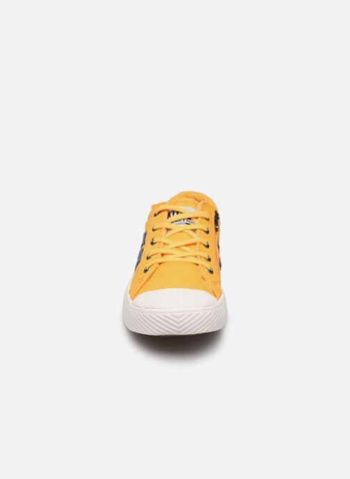 Baskets Palladium Pallaflame Low Cvs K Jaune vue portées chaussures