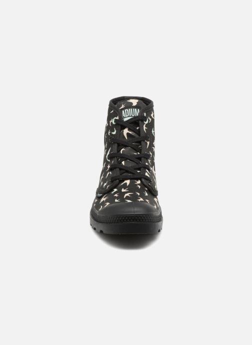 Baskets Palladium Pampa HI P Noir vue portées chaussures