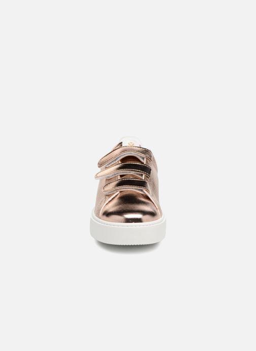 Sneakers Victoria Deportivo Metalico Velcros Roze model