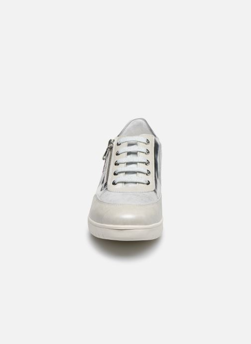 Baskets Mephisto Patrizia Argent vue portées chaussures