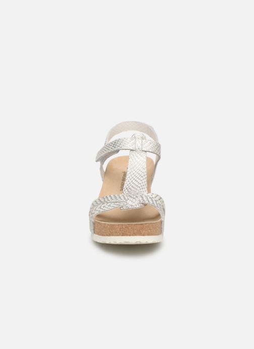 Sandales et nu-pieds Mephisto Liviane Blanc vue portées chaussures