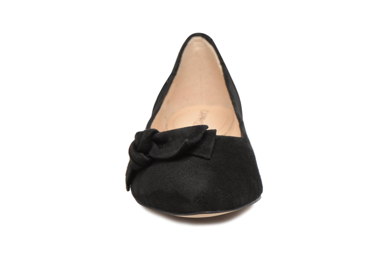 Ballerines Caprice Alisa Noir vue portées chaussures