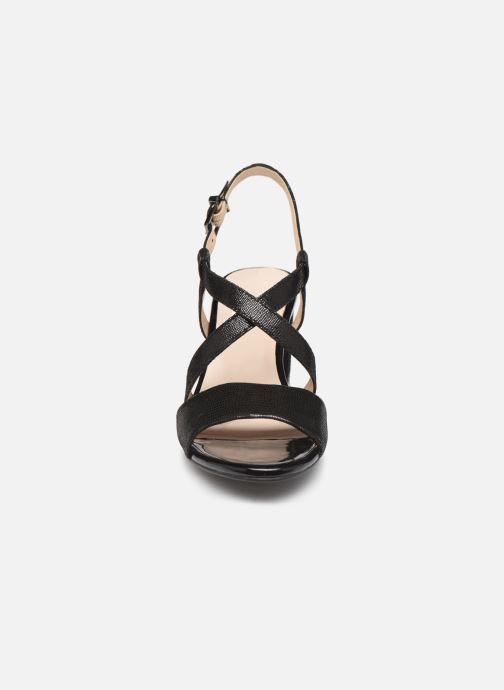 Sandales et nu-pieds Caprice Edison Noir vue portées chaussures