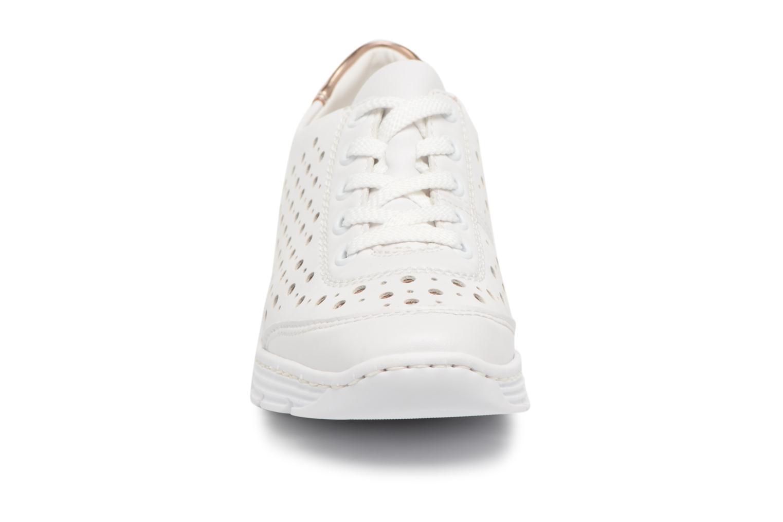 Baskets Rieker Carlee 58702 Blanc vue portées chaussures