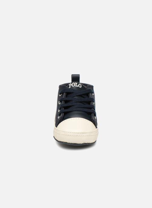 Chaussons Polo Ralph Lauren Hamptyn Hi Layette Bleu vue portées chaussures