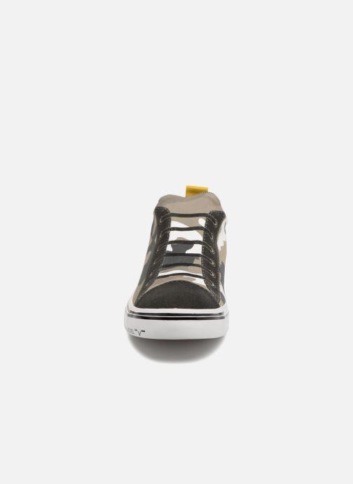 "Baskets Diesel ""IMAGINEE"" S-IMAGINEE LOW SLIP-ON Vert vue portées chaussures"