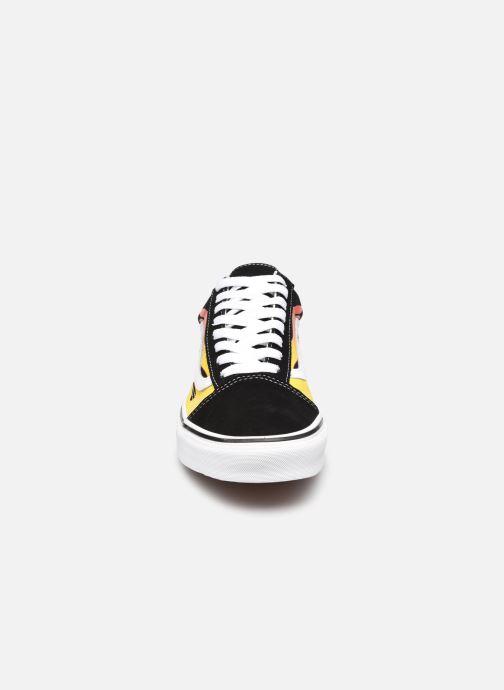 Sneaker Vans UA Old Skool schwarz schuhe getragen