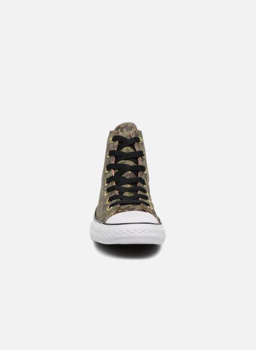 Baskets Converse Chuck Taylor All Star Hi Camo Gold Star Vert vue portées chaussures