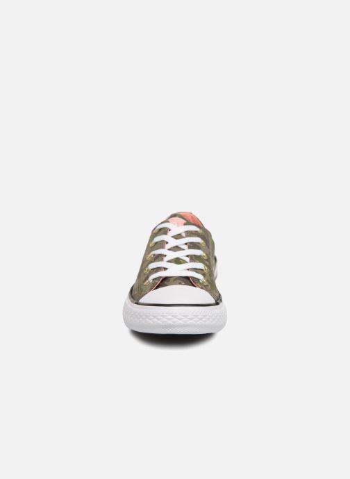 Baskets Converse Chuck Taylor All Star Ox Camo Gold Star Vert vue portées chaussures