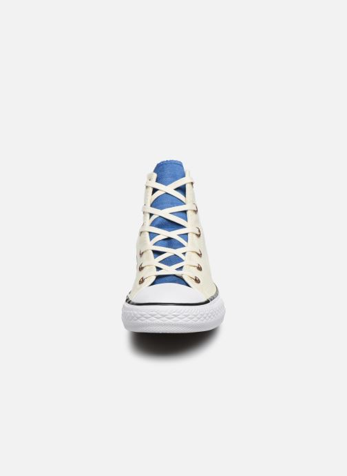 Baskets Converse Chuck Taylor All Star Hi Two Color Chambray Beige vue portées chaussures