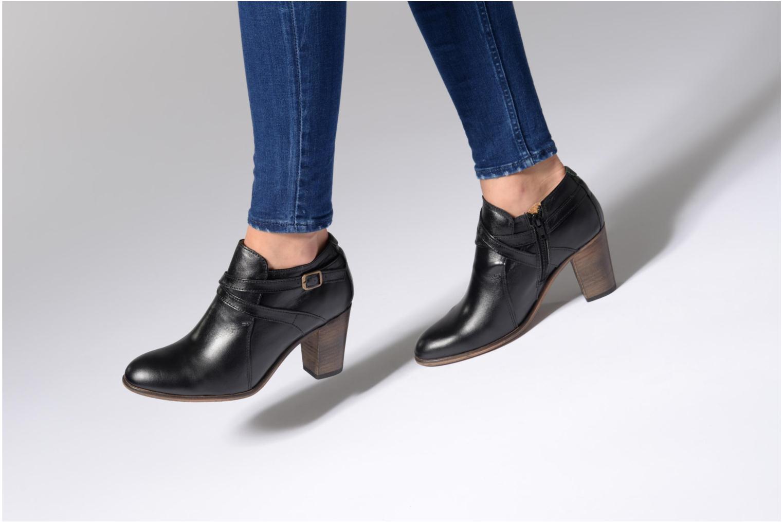 Bottines et boots Kickers DATA Noir vue bas / vue portée sac