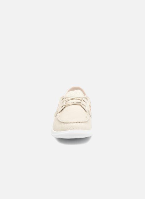 Chaussures à lacets Skechers Go Walk Lite Mira Beige vue portées chaussures