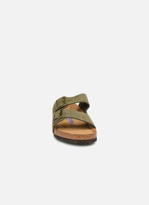 Sandales et nu-pieds Birkenstock Arizona Cuir Suede Soft Footbed M Vert vue portées chaussures