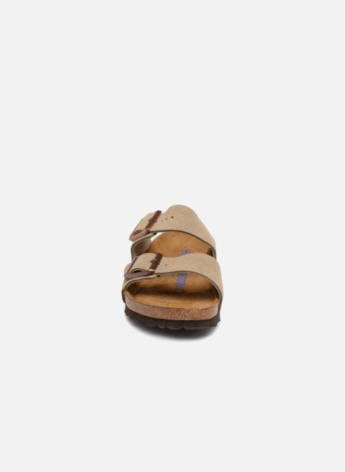 Mules et sabots Birkenstock Arizona Cuir Suede Soft Footbed W Vert vue portées chaussures