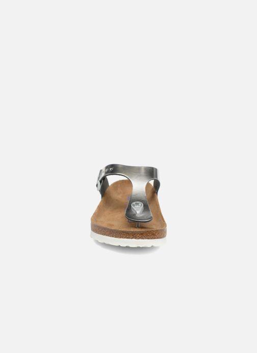 Sandalen Birkenstock Gizeh Cuir Soft Footbed W silber schuhe getragen