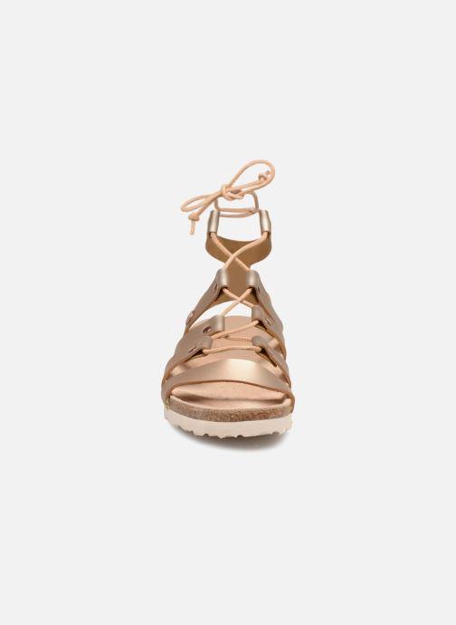 Sandali e scarpe aperte Papillio Cleo Oro e bronzo modello indossato