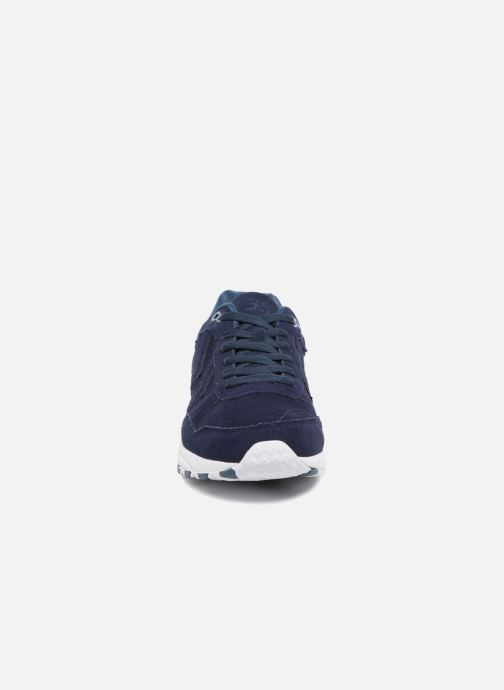Baskets Hummel 3-S SUEDE Bleu vue portées chaussures