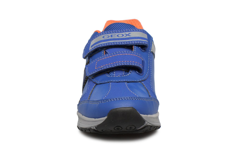 Baskets Geox J TOP FLY B. B Bleu vue portées chaussures