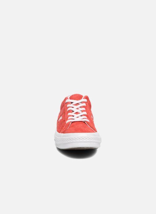 Sneakers Converse One Star OG Suede Ox W Röd bild av skorna på
