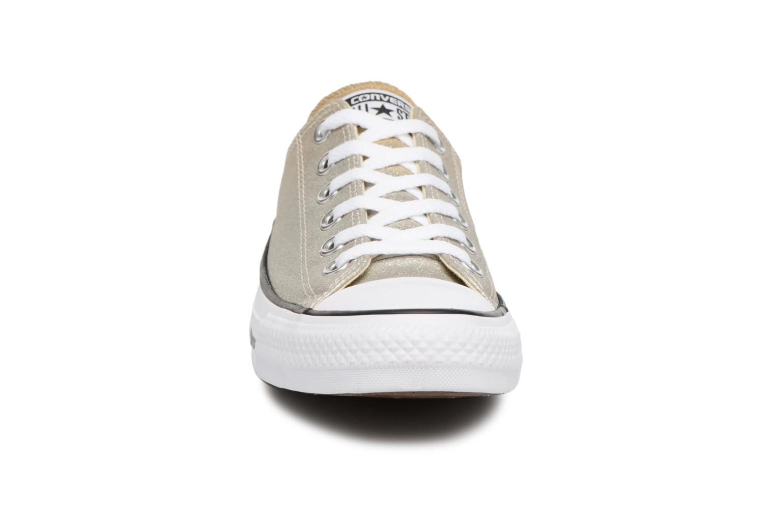 Baskets Converse Chuck Taylor All Star Ombre Metallic Ox Or et bronze vue portées chaussures