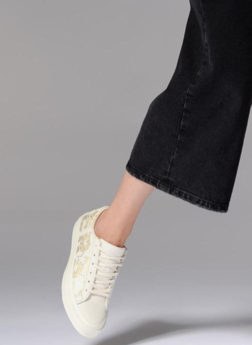 Trainers Converse One Star Converse Wordmark Ox White view from underneath / model view