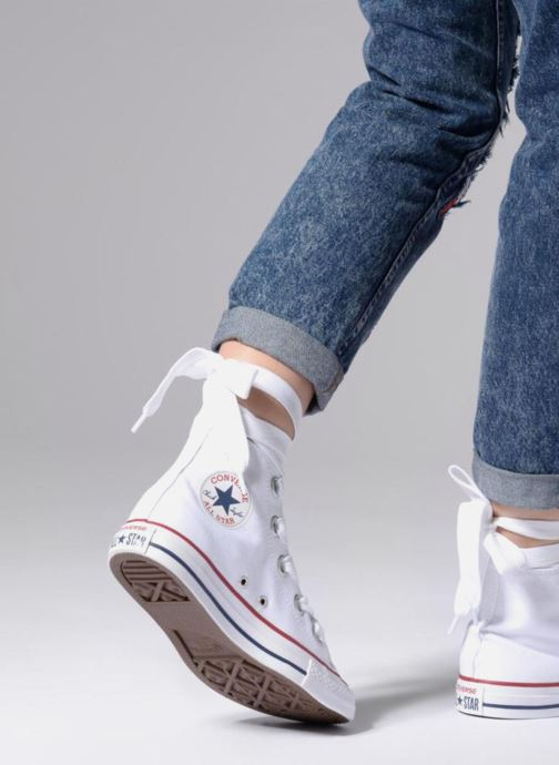 c4de91d98b29 Trainers Converse Chuck Taylor All Star Big Eyelets Canvas Hi White view  from underneath   model