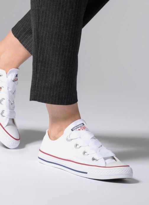 d0dd840eb785 Trainers Converse Chuck Taylor All Star Big Eyelets Ox White view from  underneath   model view