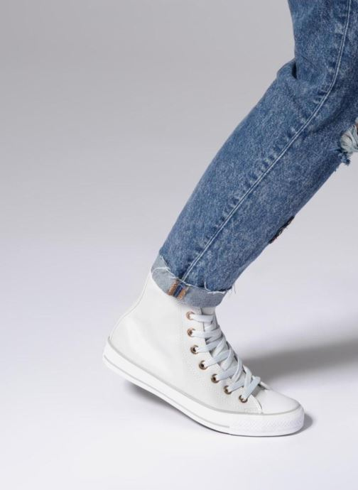 Trainers Converse Chuck Taylor All Star Craft SL Hi White view from underneath / model view