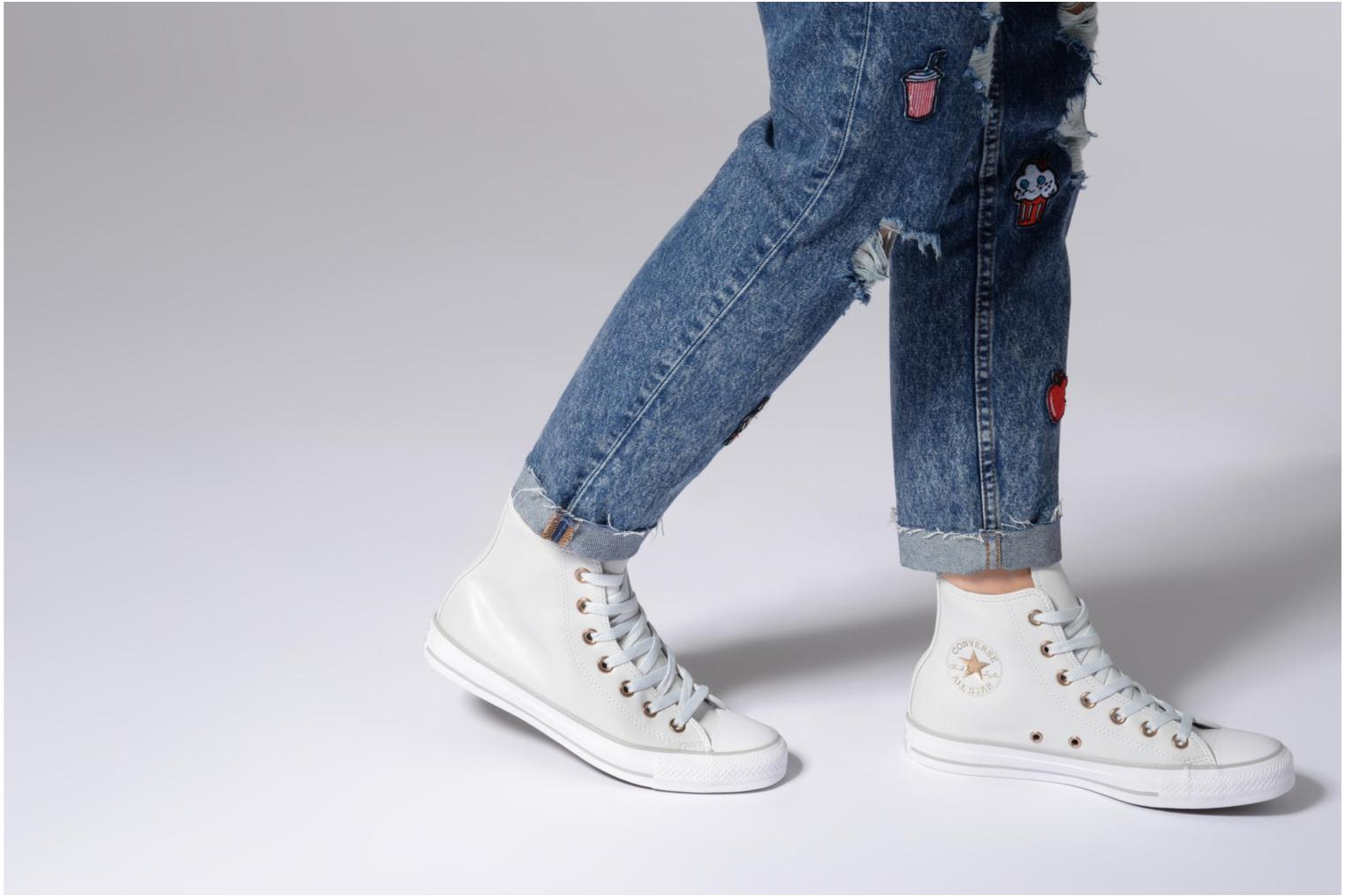 Baskets Converse Chuck Taylor All Star Craft SL Hi Blanc vue bas / vue portée sac