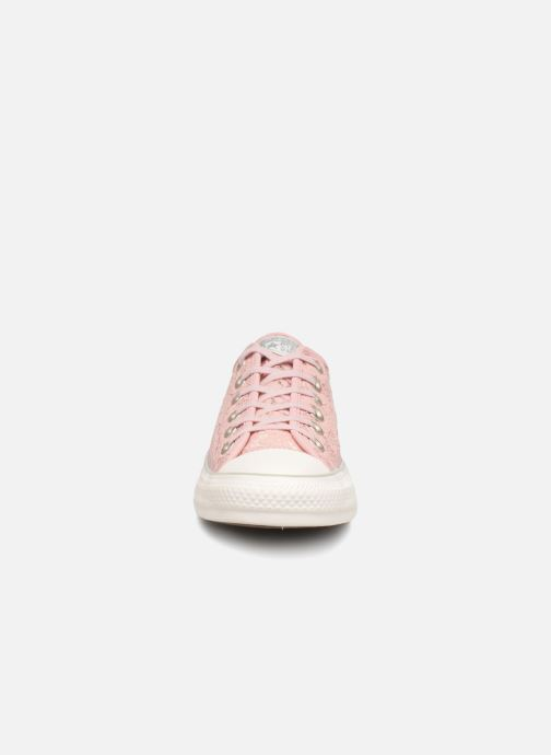 Trainers Converse Chuck Taylor All Star Flower Lace Ox Pink model view