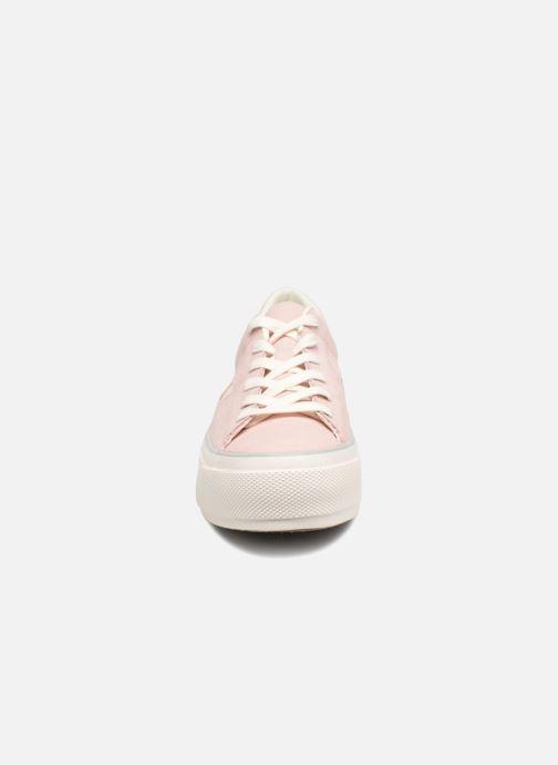 Baskets Converse One Star Platform Ox Rose vue portées chaussures