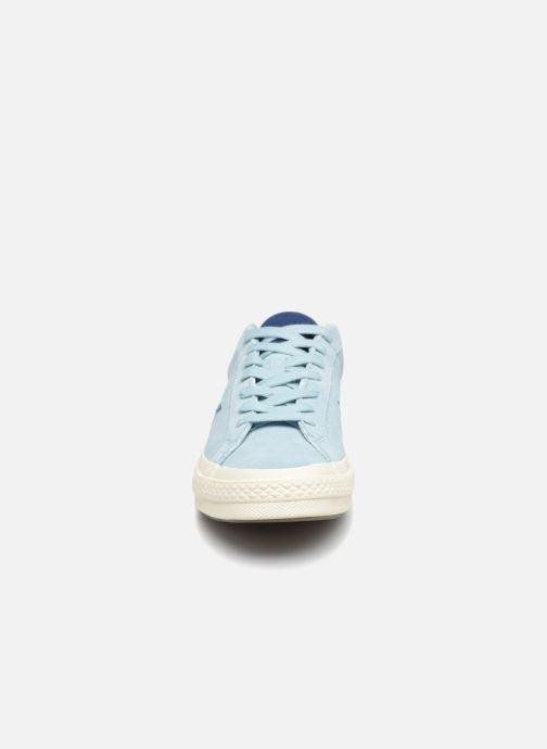 Baskets Converse One Star Tropical Feet Ox Bleu vue portées chaussures