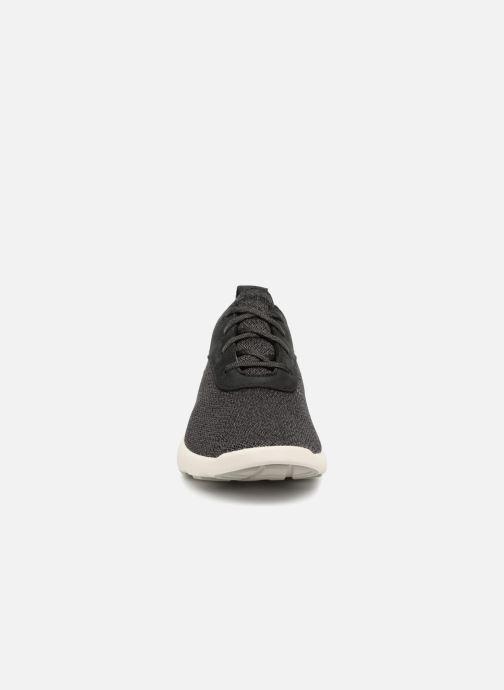 Sneakers Timberland FlyRoam F/L Ox Nero modello indossato
