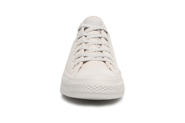 Sneaker Converse Chuck Taylor All Star Ox 555979C grau schuhe getragen