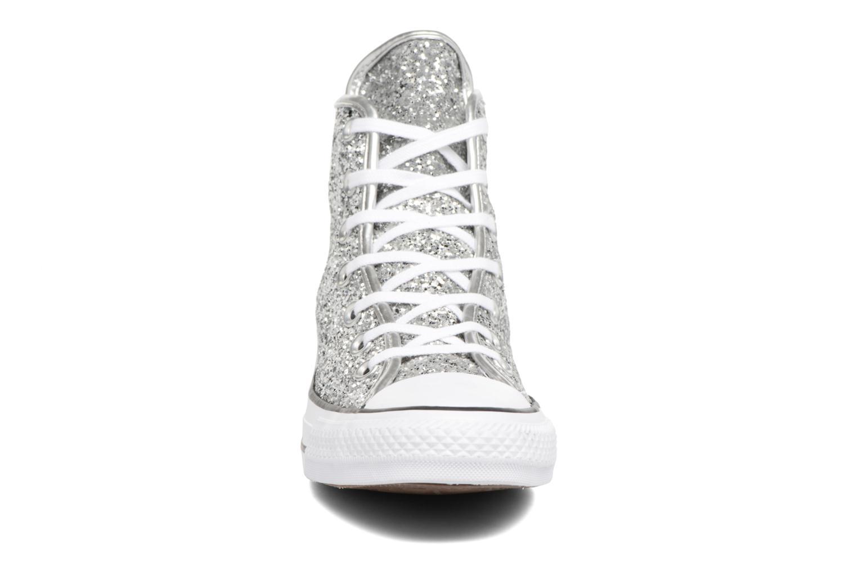 Baskets Converse Chuck Taylor all star 556817C Argent vue portées chaussures