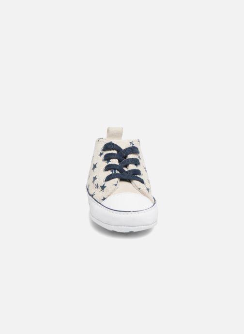 Sneakers Converse CTAS FIRST STAR HI VAPOROUS GRAY Hvid se skoene på