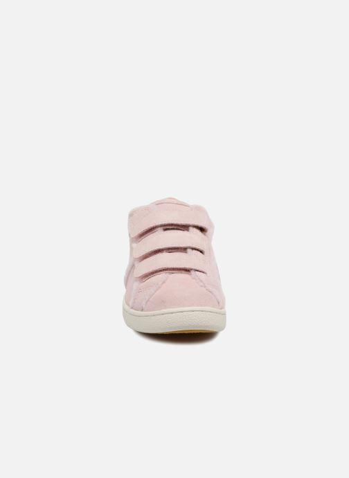 Baskets UGG Alix Spill Seam Rose vue portées chaussures