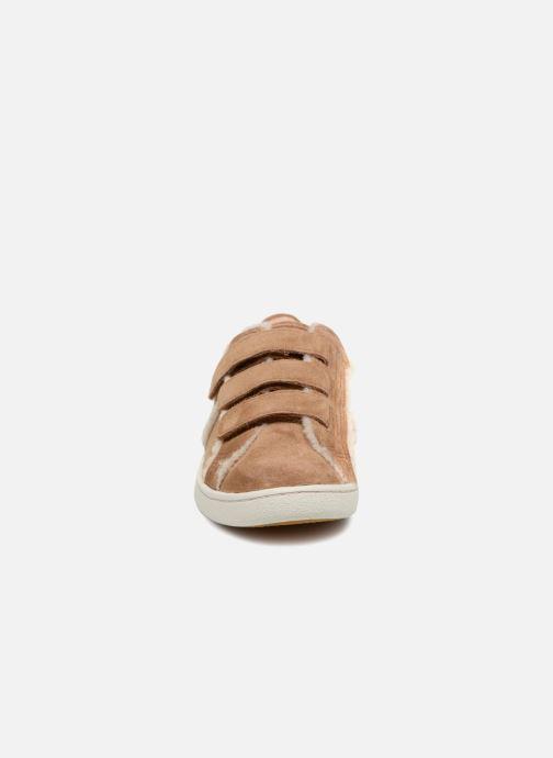 Sneaker UGG Alix Spill Seam braun schuhe getragen